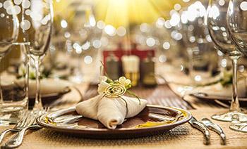 Pic-2---Dinner-Charter-Sm-v2